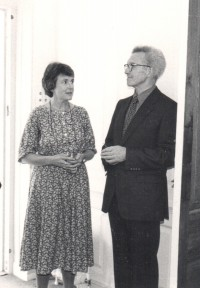 Christopher and Diana Wade