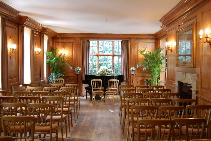 Hire filmings and meetings burgh house hampstead museum for Music room in house