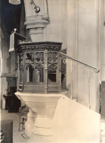 Christ Church pulpit