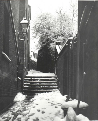 Cock Alley Steps / Gay (1994.42.72)